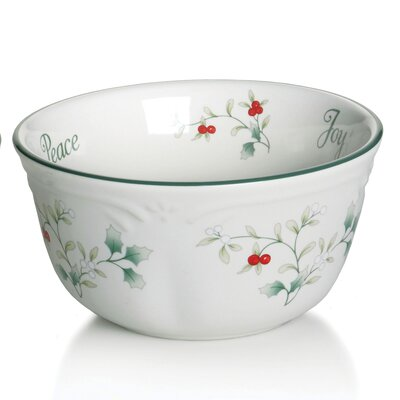 Pfaltzgraff Winterberr 12 oz. Sentiment Dessert Bowls