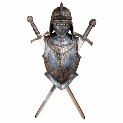 Design Toscano 16th Century Nunsmere Hall Battle Armor Wall Décor