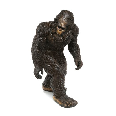 Design Toscano Bigfoot The Garden Yeti Statue