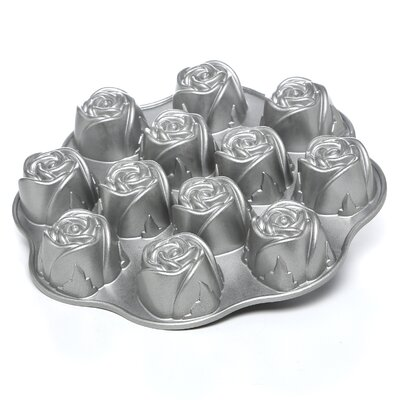 Nordic Ware Sweetheart Rose Muffin Pan