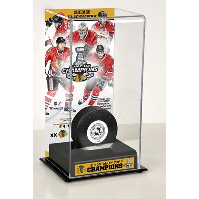 Mounted Memories NHL 2013 Stanley Cup Champions Logo Deluxe Puck Display Case
