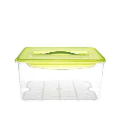 Kinetic Fresh Series 237 oz. Rectangular Food Storage Container with Lid and Moisture Rack