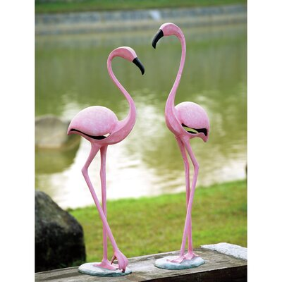 Flamingo Pair Statue