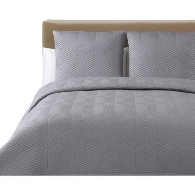 Monterey Quilted Cotton Blanket by Echelon Home