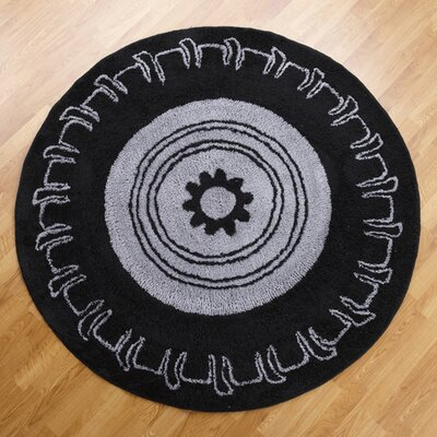 One Grace Place Teyo's Tires Round Black/Grey Area Rug