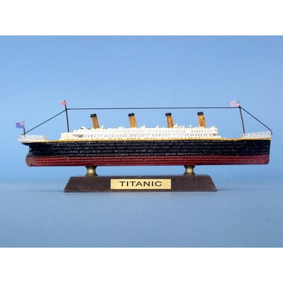 Handcrafted Nautical Decor RMS Titanic Limited Model Ship