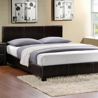 Woodhaven Hill Zoey Panel Customizable Bedroom Set