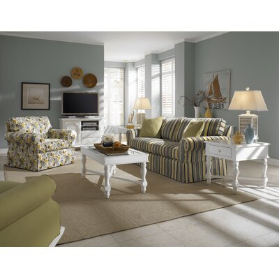 Broyhill® Mirren Harbor Coffee Table Set