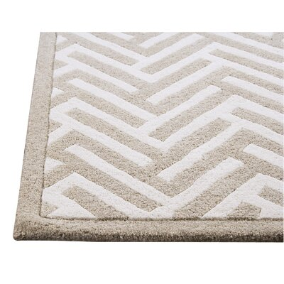 Hokku Designs Mat The Basics Tracks White/Ivory Area Rug