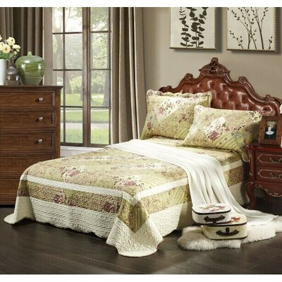 Forest Cottage Bedspread Set by Tache Home Fashion