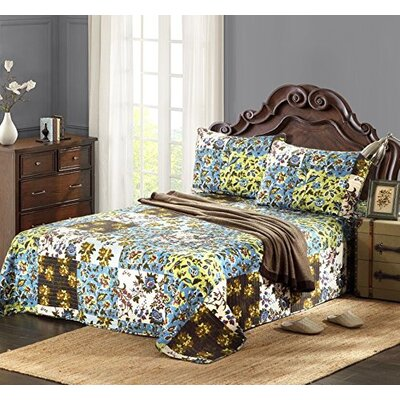 Plaid Mystical Autumn Leaves Bedspread Set by Tache Home Fashion