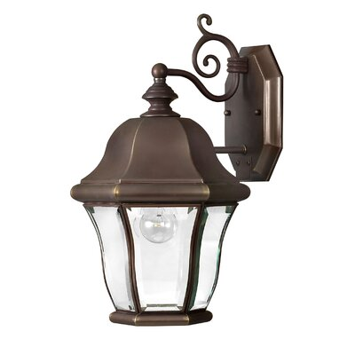 Hinkley Lighting Monticello 1 Light Wall Lantern