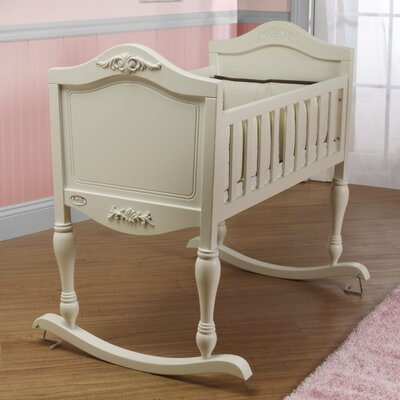Orbelle trading ga ga cradle orbelle trading ozz1141 for Best value baby crib