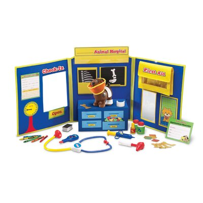 Pretend and Play 34-Piece Animal Hospital Set by Learning Resources
