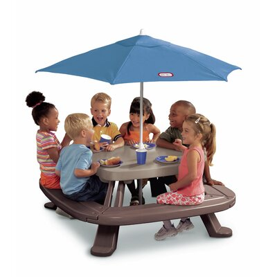 Little Tikes Endless Adventures Fold 'n Store Umbrella Picnic Table