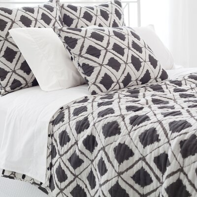 Naraya Quilt Collection by Pine Cone Hill