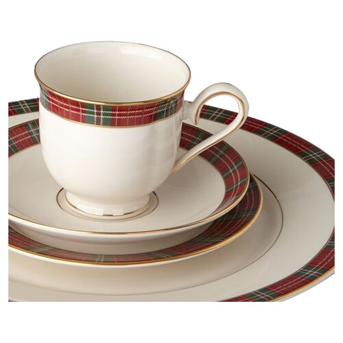 Winter Greetings Plaid Dinnerware