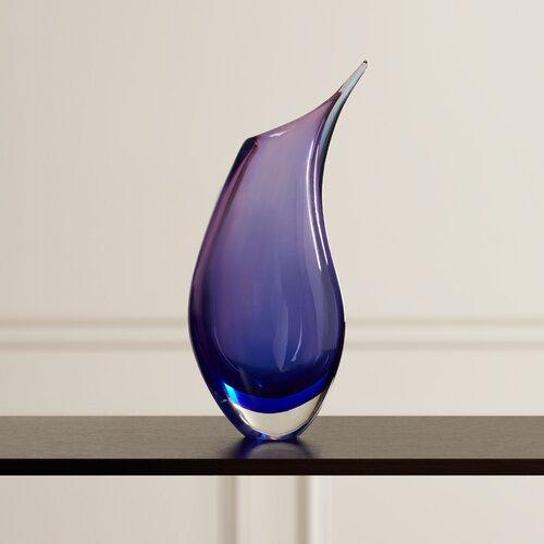 Memamorphosis Vase