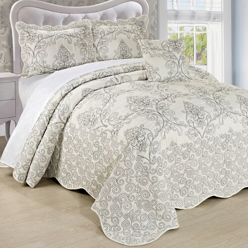 Damask 4 Piece Quilt Bed Spread