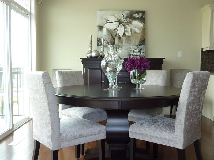 Contemporary Dining Room photo by Willow Tree Interiors