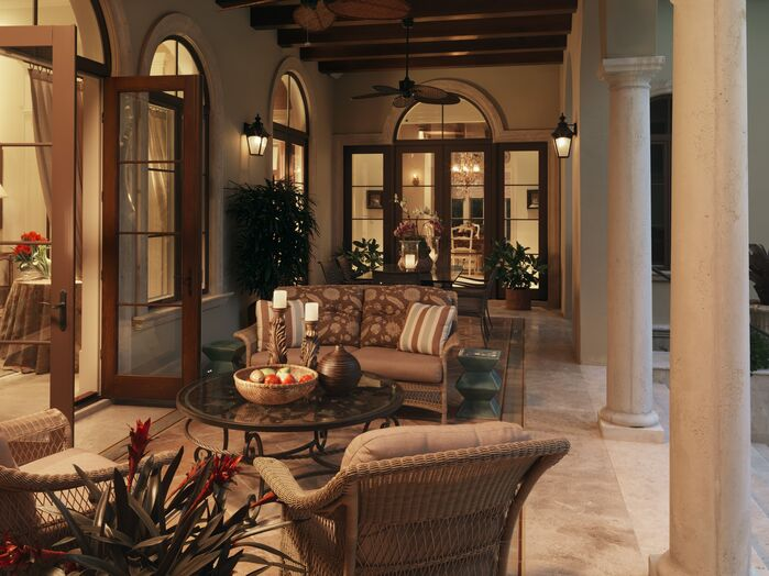 Traditional Exterior/Patio photo by B. Pila Design Studio