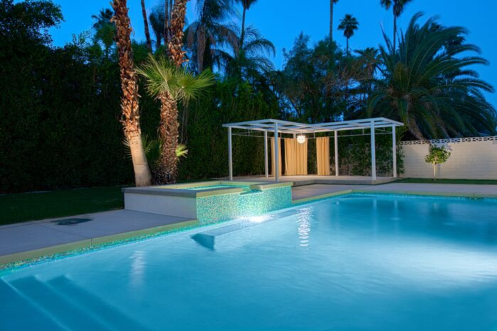 Modern Exterior/Patio photo by H3K Design