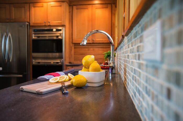 Contemporary Kitchen photo by LA Design Portfolio