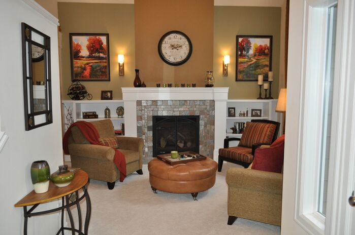 Traditional Living Room photo by Hamilton Redesigns