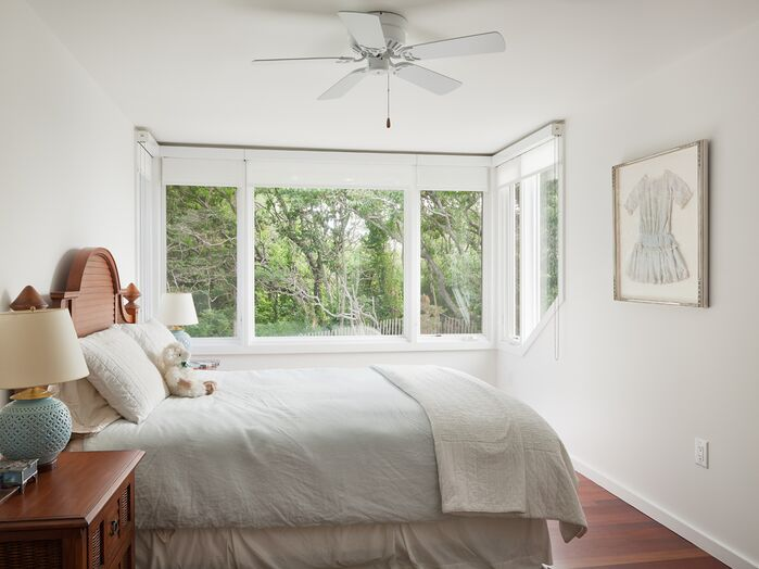 Cottage/Country Bedroom photo by Floss Barber, Incorporated