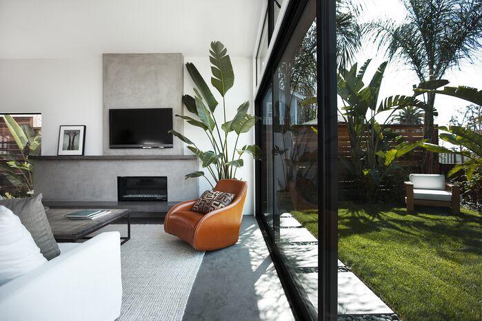 Modern Living Room photo by EIS Studio