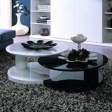 Coffee Table with Nest