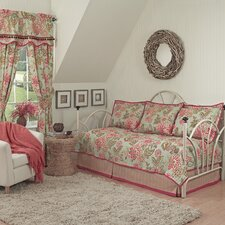 Charismatic Daybed Quilt Bedding Collection