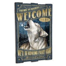 Wolf Wooden Cabin Sign Wall Décor