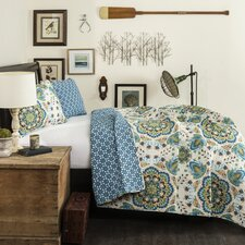 Addington 3 Piece Reversible Coverlet Set in Paisley