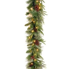 Colonial Pre-Lit Feel-Real Garland