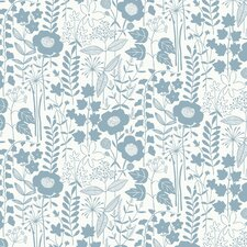 "Lou's Garden 15' x 27"" Floral and Botanical Roll Wallpaper"