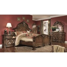 Windsor Court Panel Customizable Bedroom Set