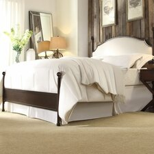 Isabelyn Panel Bed