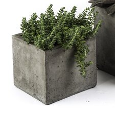 Cub Square Planter Box