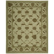 Silk Pointe Green Rug