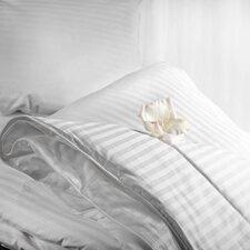 Aus Vio Lightweight Comforter