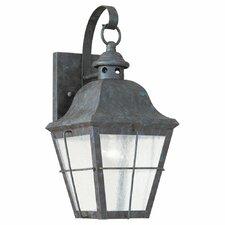Colonial Styling 1 Light Wall Lantern