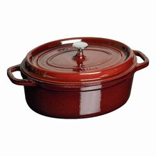 Oval 7 qt. Cocotte in Grenadine
