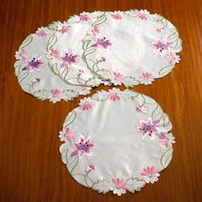 Seville Embroidered Vintage Lace Round Doilie Placemat (Set of 4)