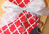 Gift Idea: Oven Mitt Stocking Stuffer