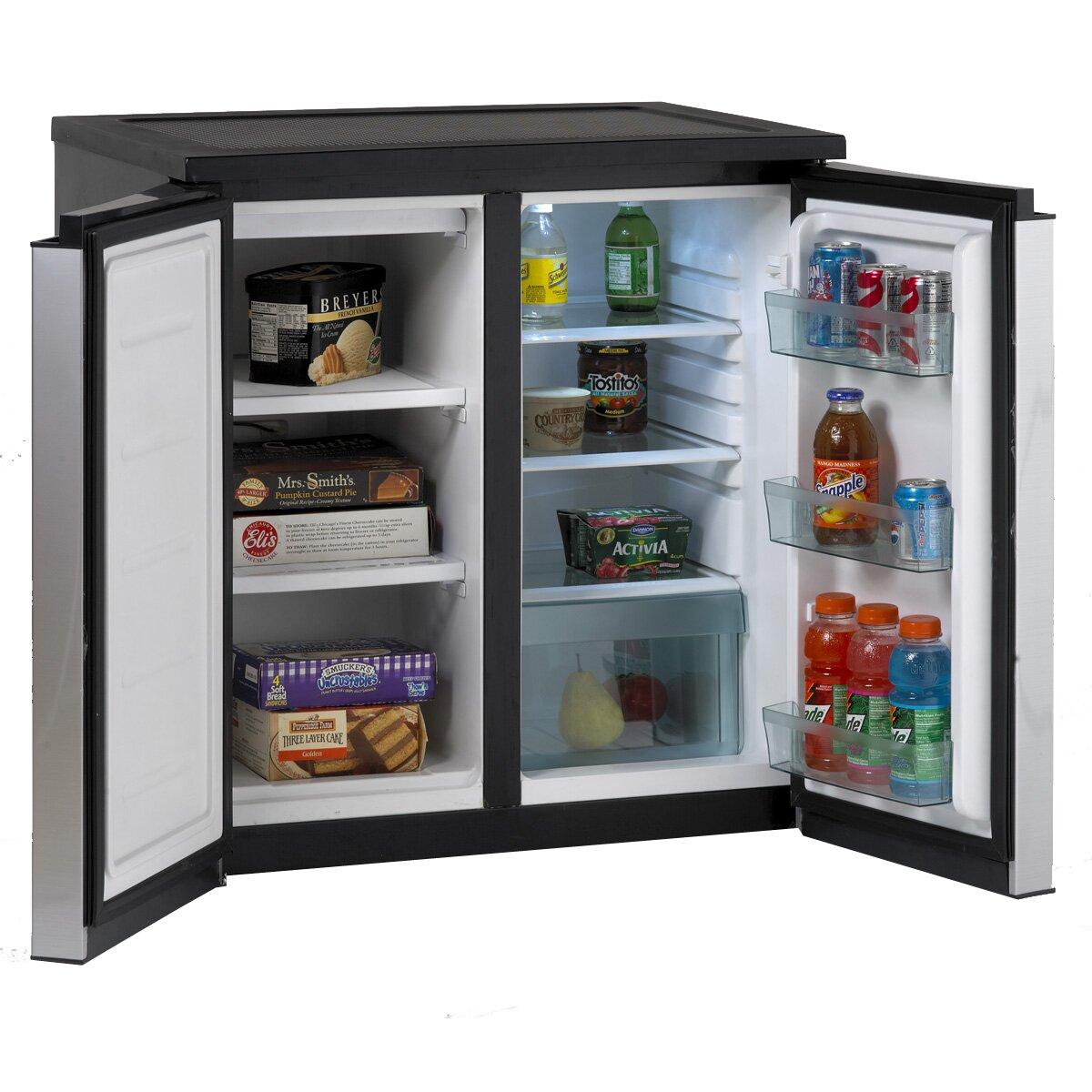 Avanti 5 5 Cu Ft Compact Refrigerator With Freezer