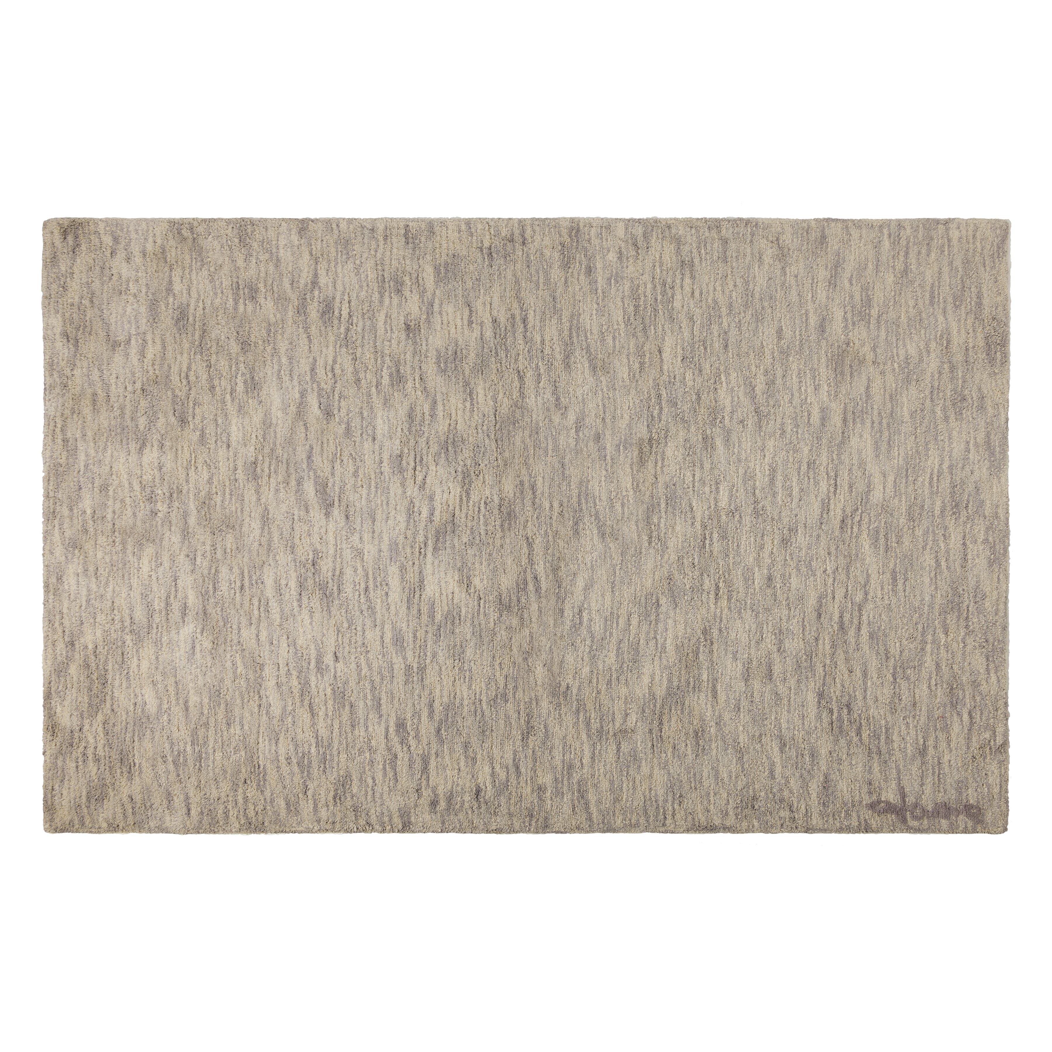 handgefertigter teppich ramlal in grau von lorena canals. Black Bedroom Furniture Sets. Home Design Ideas