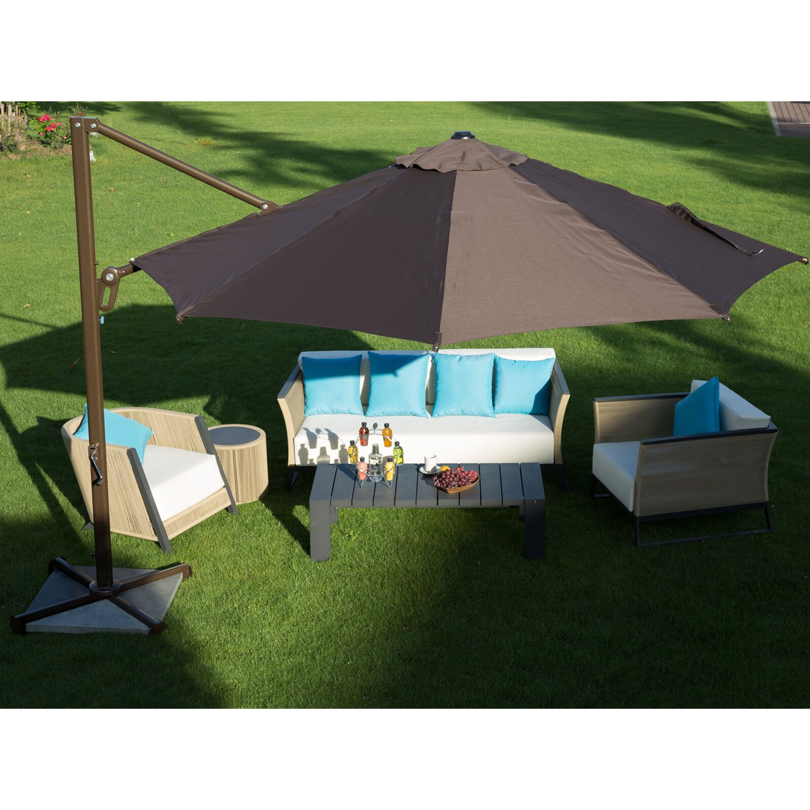 11 Round Cantilever Umbrella